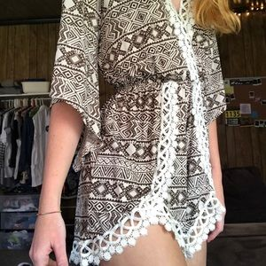 Patterned lace romper
